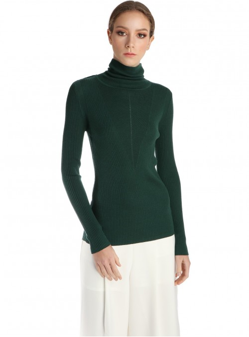Quinn Turtleneck