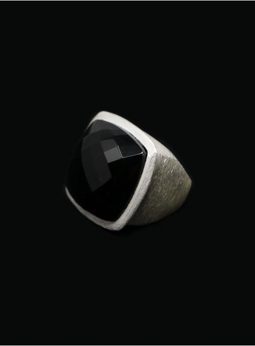 Azai Black Onyx Ring