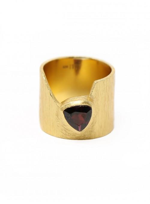 Azai Garnet Ring
